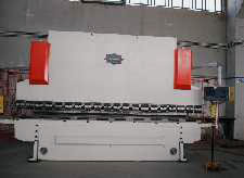 05-Pressopiegatrice-a-CNC-4-assi,-100-t.
